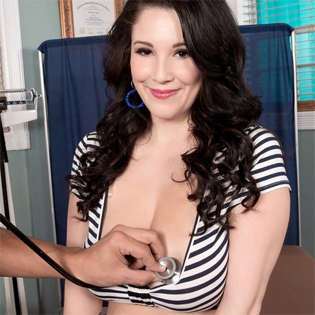 noelle easton tits